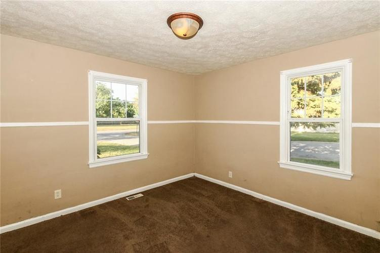 4002 E Pleasant Run Parkway North Drive N Indianapolis, IN 46201   MLS 21666883   photo 16