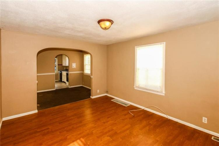 4002 E Pleasant Run Parkway North Drive N Indianapolis, IN 46201   MLS 21666883   photo 6