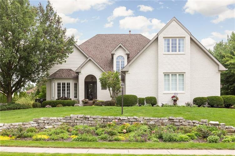 901  Arrowwood Drive Carmel, IN 46033 | MLS 21666923