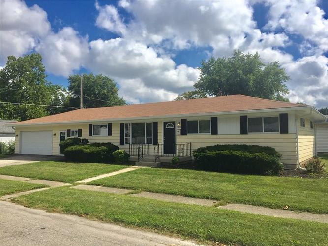 7602 E 48th Street Indianapolis, IN 46226 | MLS 21666931