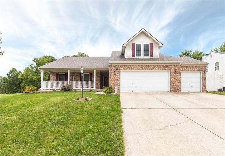 207  Creekview Circle Mooresville, IN 46158 | MLS 21666942