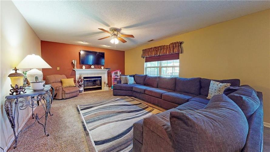 722 Lake Crossing Court Franklin, IN 46131 | MLS 21666988 | photo 14