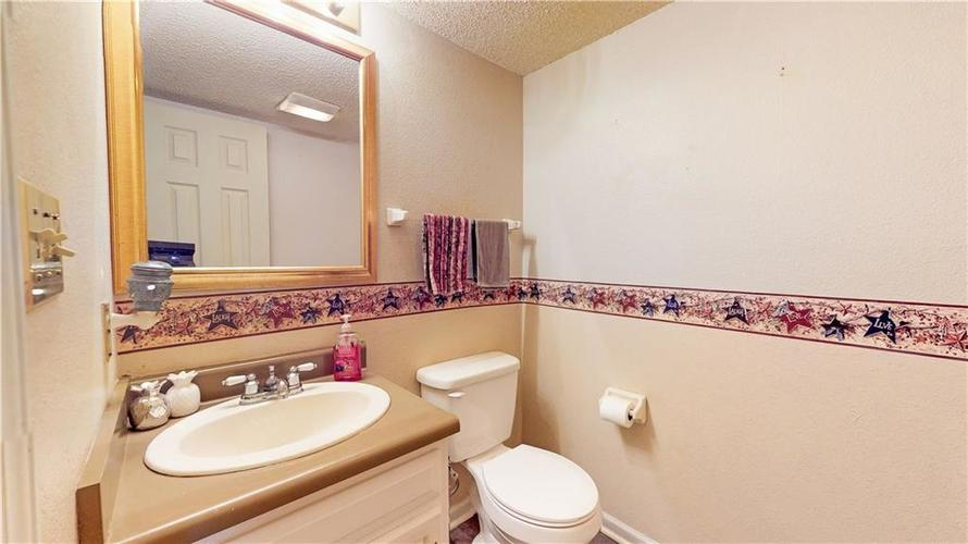 722 Lake Crossing Court Franklin, IN 46131 | MLS 21666988 | photo 30