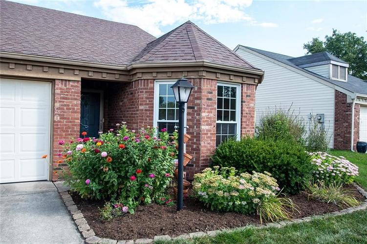 6790 Navigate Way Indianapolis, IN 46250 | MLS 21667055 | photo 3