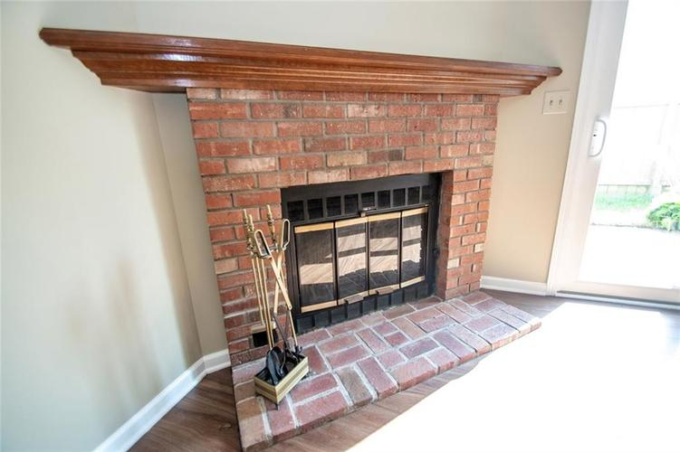 6790 Navigate Way Indianapolis, IN 46250 | MLS 21667055 | photo 7
