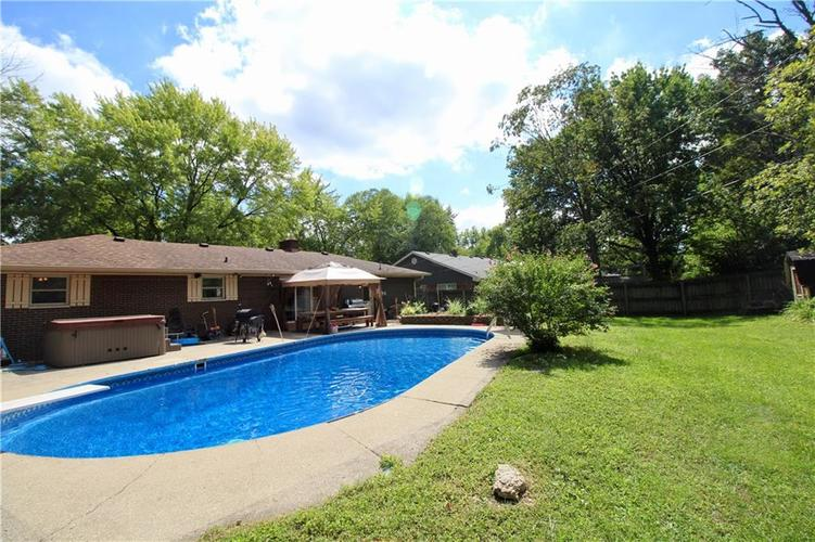 1340 N ROUTIERS Avenue Indianapolis, IN 46219 | MLS 21667058 | photo 11