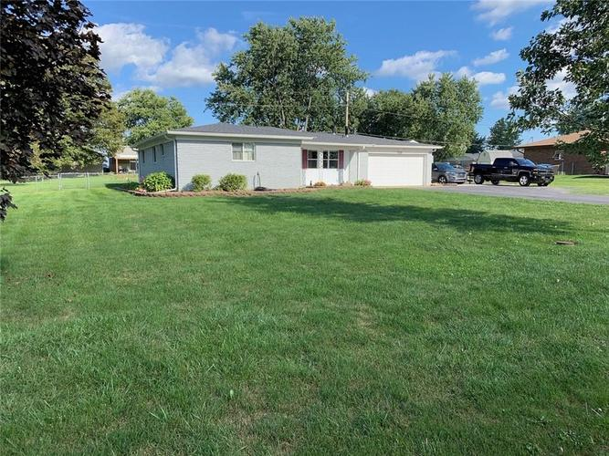 7335 Brushwood Road Camby, IN 46113 | MLS 21667065 | photo 2
