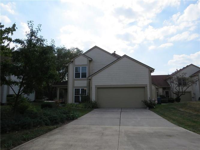 6441 Bayside South Drive Indianapolis, IN 46205 | MLS 21667105 | photo 2
