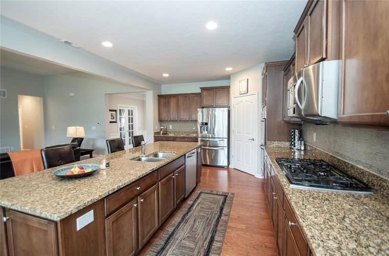 16199 Brookmere Avenue Fishers, IN 46037   MLS 21667110   photo 13