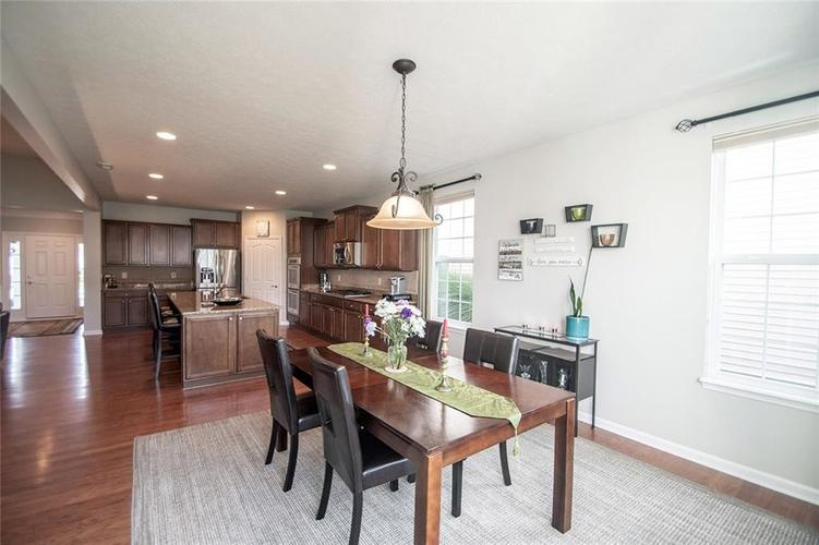 16199 Brookmere Avenue Fishers, IN 46037   MLS 21667110   photo 15
