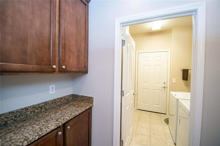 16199 Brookmere Avenue Fishers, IN 46037   MLS 21667110   photo 28