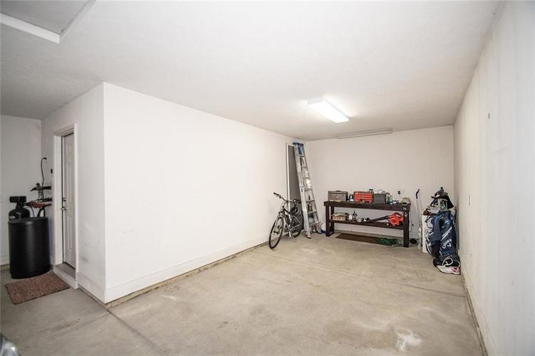 16199 Brookmere Avenue Fishers, IN 46037   MLS 21667110   photo 31