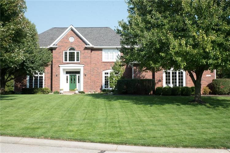 7402 FOX HOLLOW Ridge Zionsville, IN 46077 | MLS 21667140 | photo 1