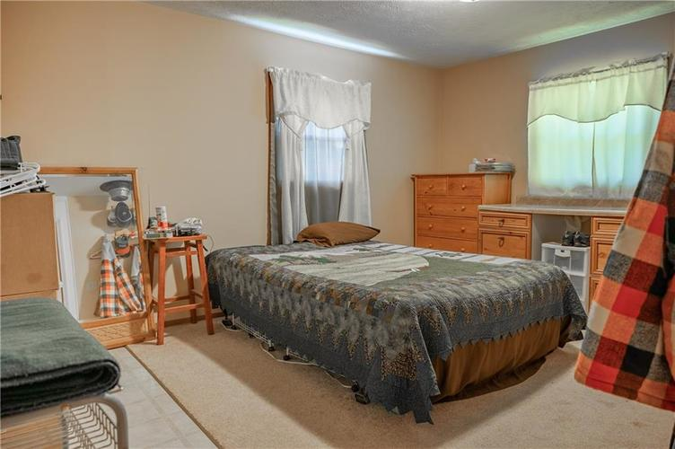 226 N Old State Road 67 S Martinsville, IN 46151 | MLS 21667148 | photo 16