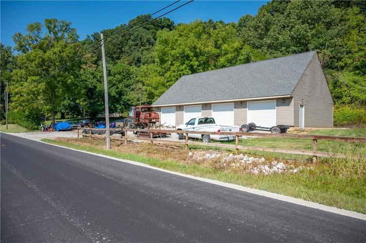 226 N Old State Road 67 S Martinsville, IN 46151 | MLS 21667148 | photo 22