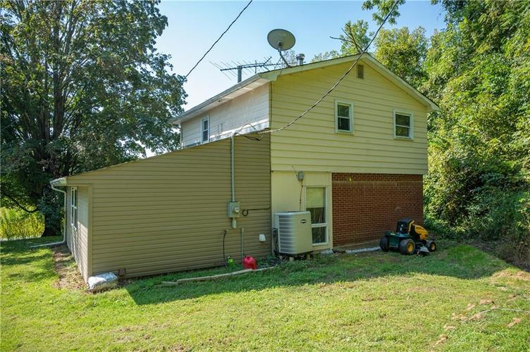 226 N Old State Road 67 S Martinsville, IN 46151 | MLS 21667148 | photo 3