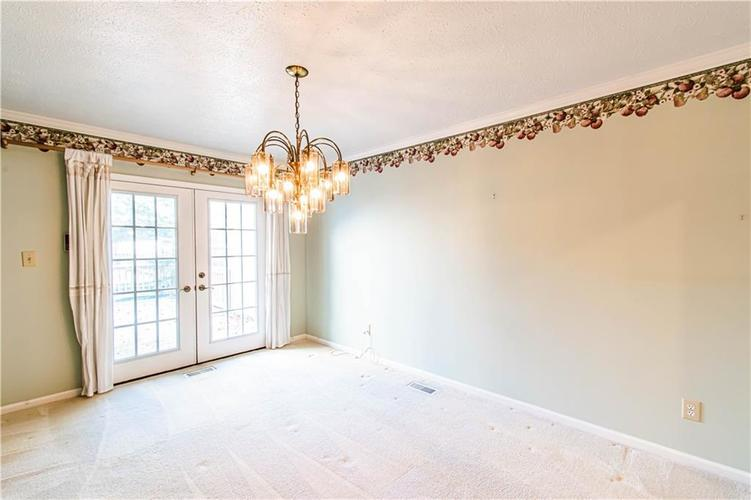 5427 GREENWILLOW Road #217 Indianapolis, IN 46226 | MLS 21667215 | photo 17