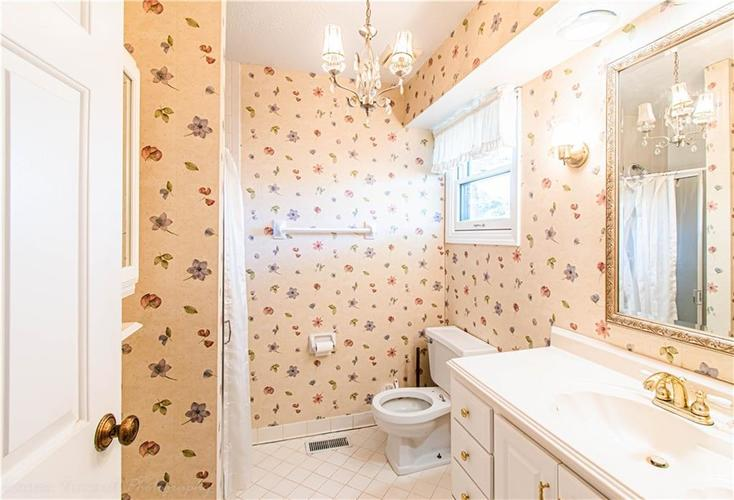 5427 GREENWILLOW Road #217 Indianapolis, IN 46226 | MLS 21667215 | photo 24