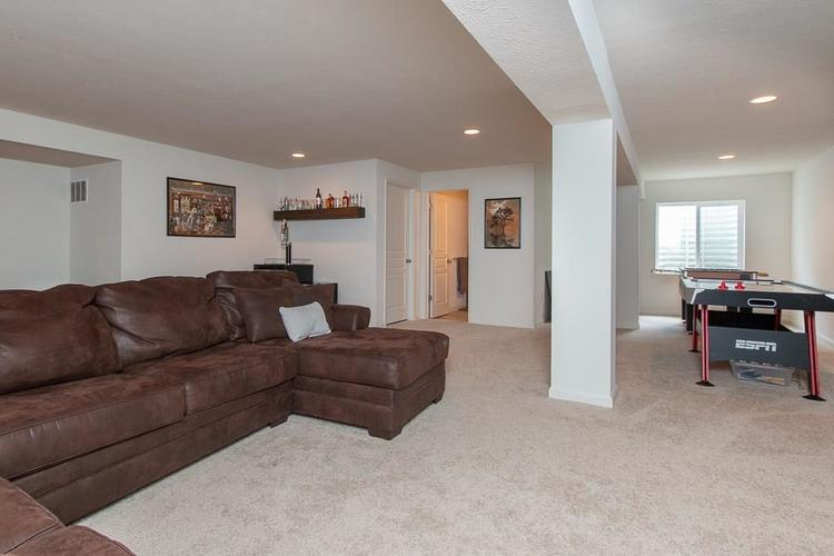 13524 Eastpark Circle E Fishers, IN 46037 | MLS 21667364 | photo 37