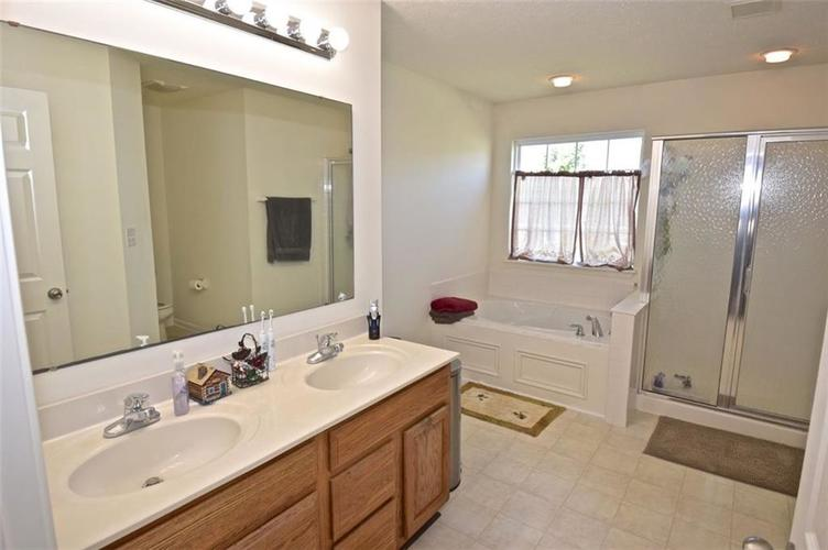 2420 Cole Wood Court Indianapolis, IN 46239 | MLS 21667396 | photo 22