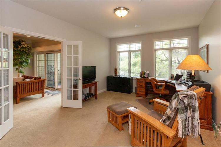8555 One West Drive #204 Indianapolis, IN 46260   MLS 21667400   photo 27