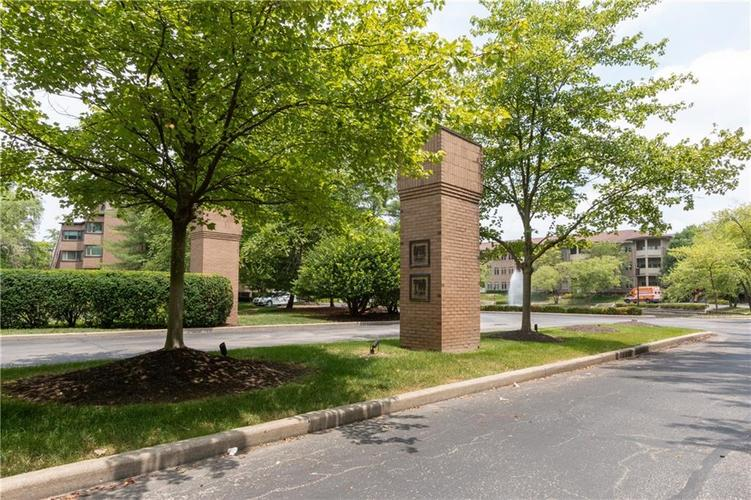 8555 One West Drive #204 Indianapolis, IN 46260   MLS 21667400   photo 30