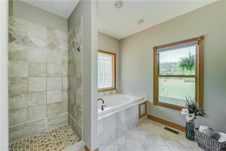 1781 N Cole Drive Martinsville, IN 46151   MLS 21667416   photo 18