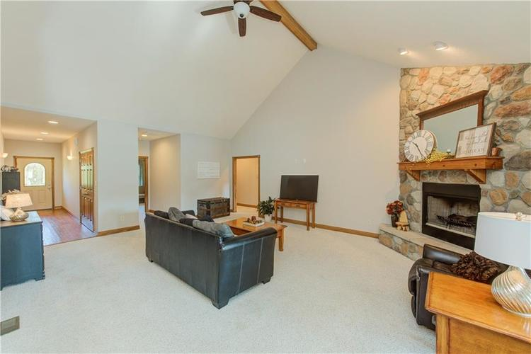1781 N Cole Drive Martinsville, IN 46151   MLS 21667416   photo 3