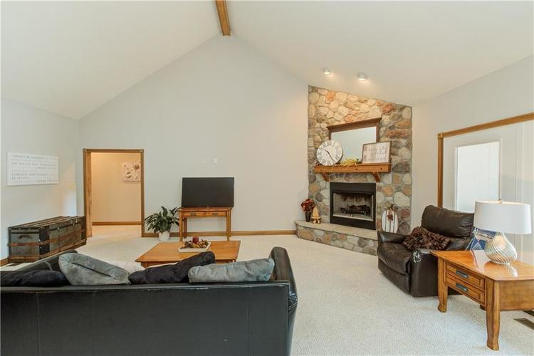 1781 N Cole Drive Martinsville, IN 46151   MLS 21667416   photo 4