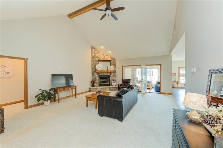 1781 N Cole Drive Martinsville, IN 46151   MLS 21667416   photo 5