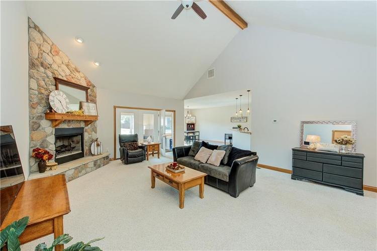 1781 N Cole Drive Martinsville, IN 46151   MLS 21667416   photo 6