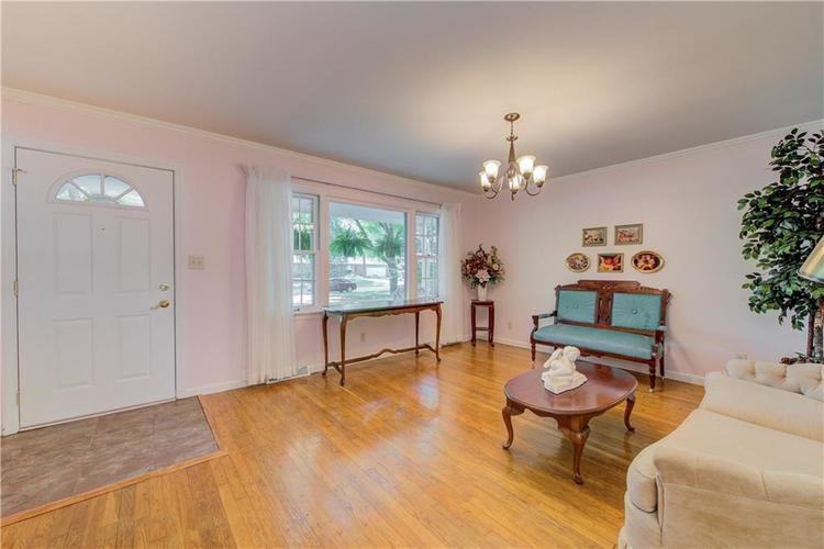 4050 WESTOVER Drive Indianapolis, IN 46268 | MLS 21667428 | photo 2