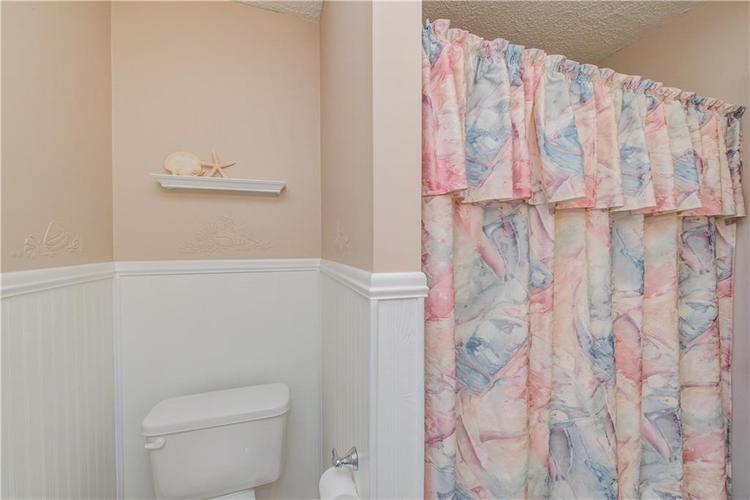 4050 WESTOVER Drive Indianapolis, IN 46268 | MLS 21667428 | photo 21