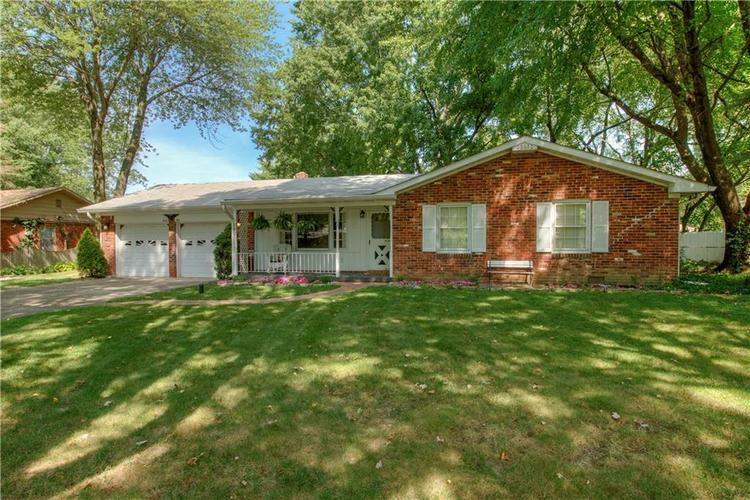 4050 WESTOVER Drive Indianapolis, IN 46268 | MLS 21667428 | photo 32