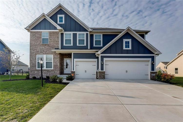 7889  Village Green Drive Avon, IN 46123 | MLS 21667467