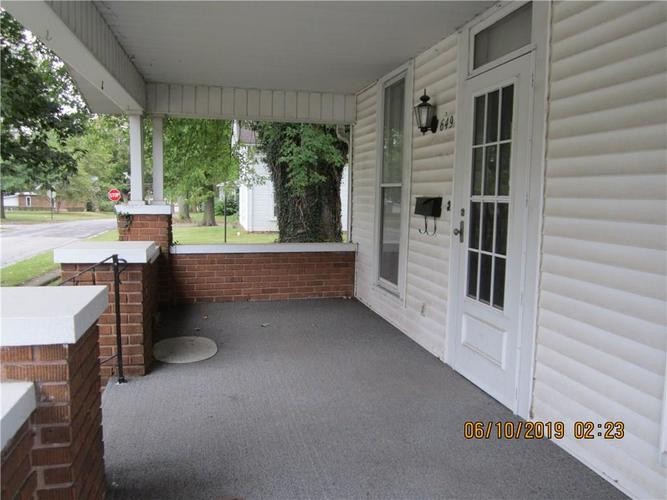 649 Columbia Avenue Middletown, IN 47356 | MLS 21667486 | photo 4
