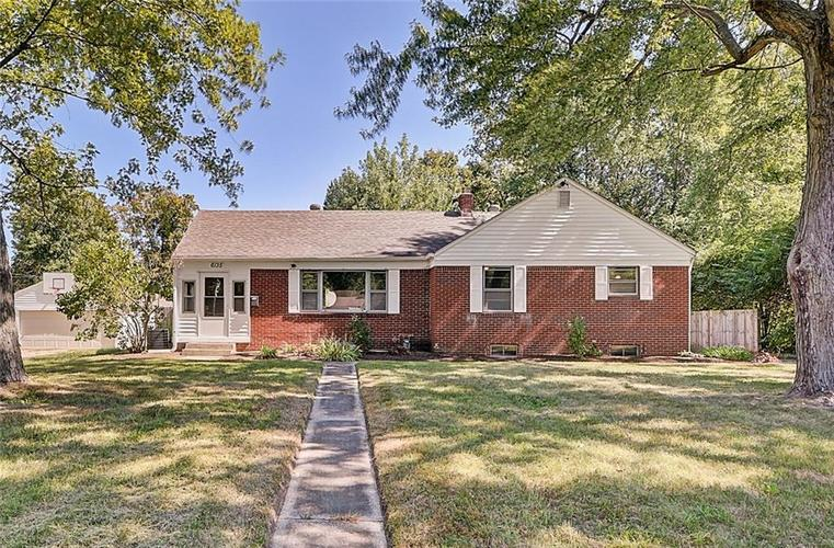 6135 N Dearborn Street Indianapolis IN 46220 | MLS 21667490 | photo 1