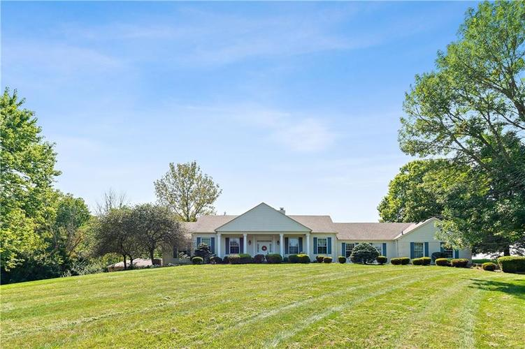317 E Creekside Court Franklin, IN 46131 | MLS 21667530