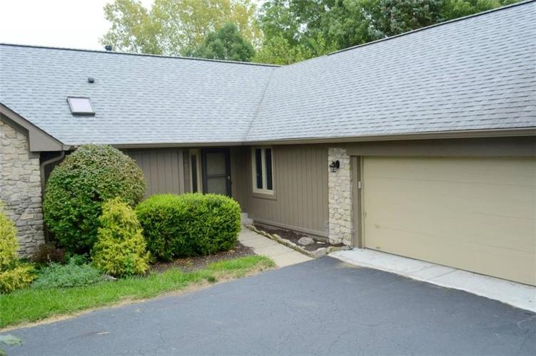 14393 OAK RIDGE Road Carmel, IN 46032 | MLS 21667534 | photo 2
