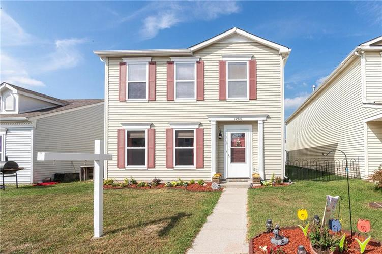 12916 Courage Crossing Fishers IN 46037 | MLS 21667614 | photo 1