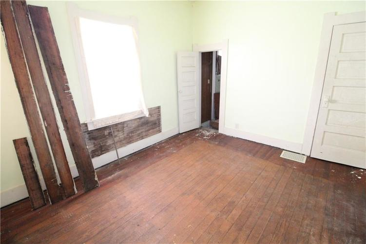 1020 W 4th Street Anderson, IN 46016 | MLS 21667615 | photo 16