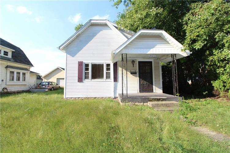 1020 W 4th Street Anderson, IN 46016 | MLS 21667615 | photo 2
