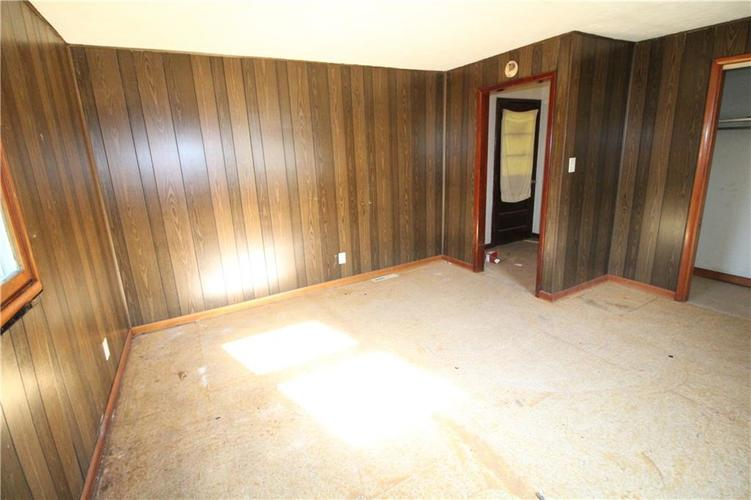 1020 W 4th Street Anderson, IN 46016 | MLS 21667615 | photo 26