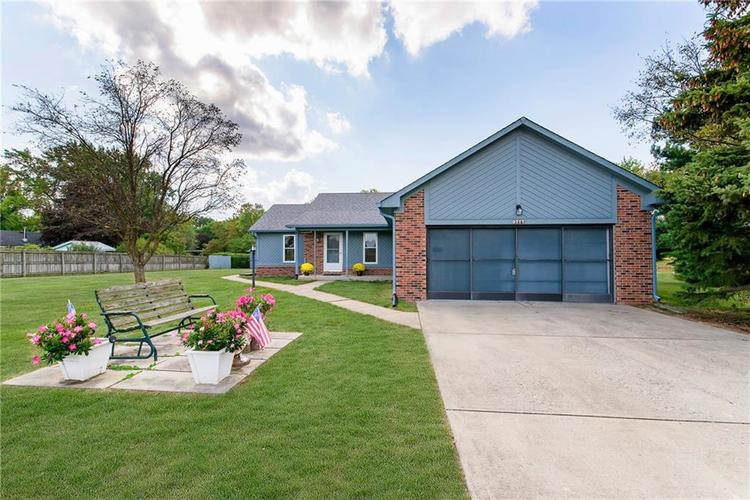 9777 Willow View Road Fishers, IN 46038 | MLS 21667623 | photo 1