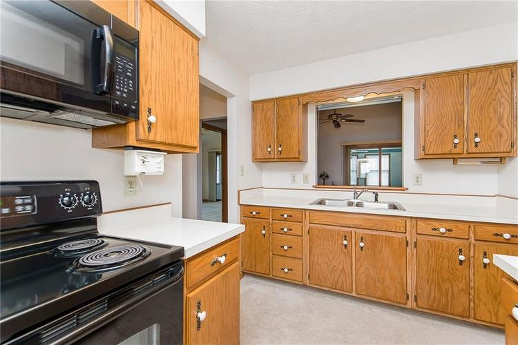 9777 Willow View Road Fishers, IN 46038 | MLS 21667623 | photo 8