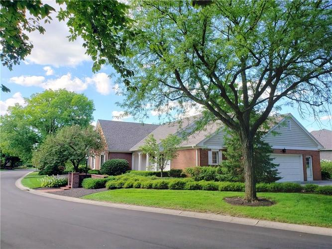7915  Beaumont Green Place Indianapolis, IN 46250 | MLS 21667674