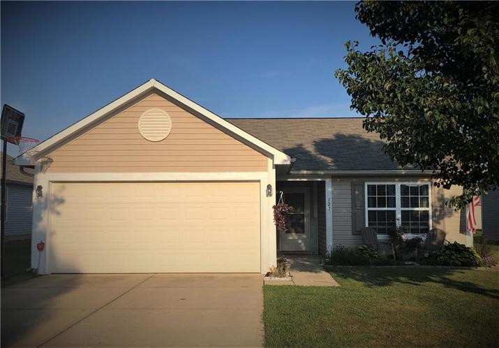 127 Thistle Wood Drive Greenfield, IN 46140 | MLS 21667695 | photo 1