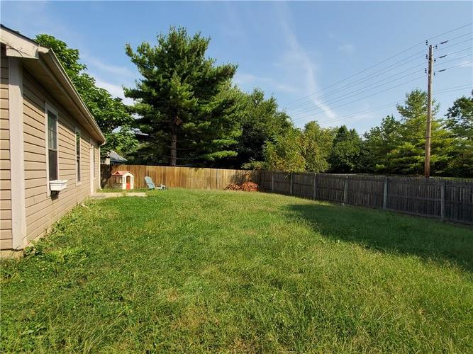 9277 Embers Way Indianapolis, IN 46250 | MLS 21667788 | photo 3