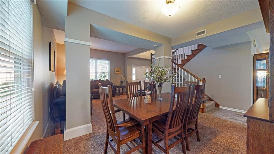 6923 Bluffgrove Circle Indianapolis, IN 46278 | MLS 21667815 | photo 10