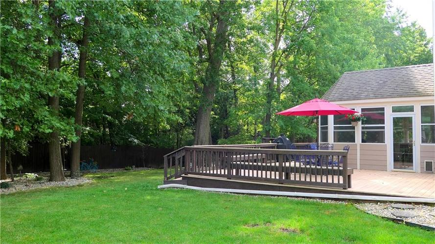 6923 Bluffgrove Circle Indianapolis, IN 46278 | MLS 21667815 | photo 3